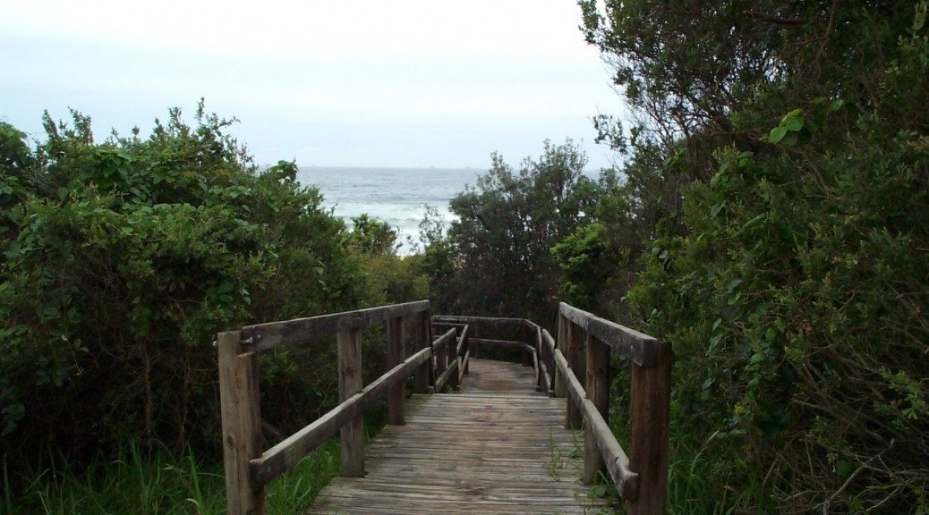 Entrance to Dudley Beach